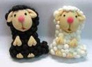 כבשה מבצק סוכר