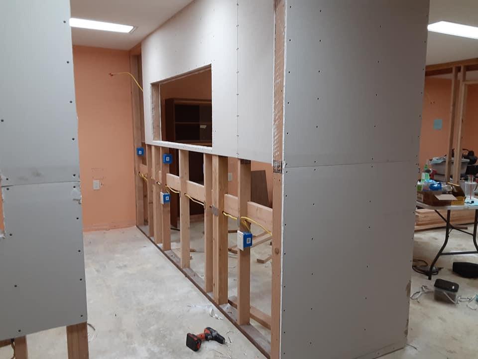 doorway to surgery suite top rock.2.jpg