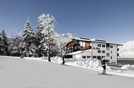 Ski in & out Hotel Alta Badia
