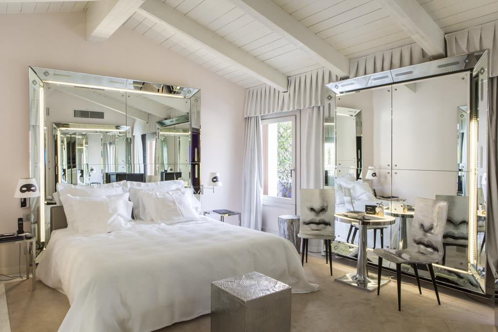 Modern Art Design Hotel Venezia