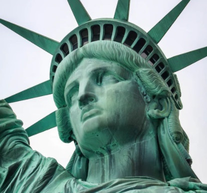 Record breaking transaction, Statue of Liberty trades for $65k