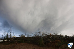 Another view of the South side of State Road 21 as the shelf cloud begins to pass overhead.
