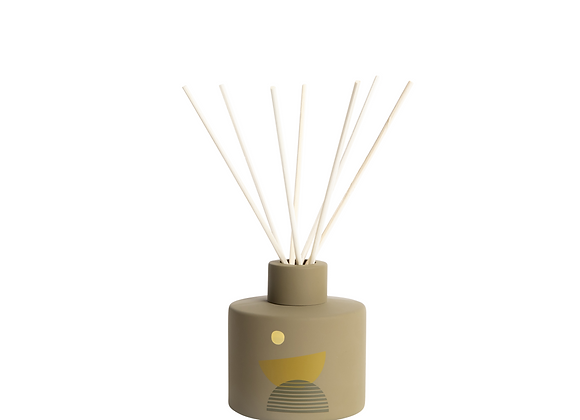 P.F. CANDLE CO. Moonrise Sunset Reed Diffuser