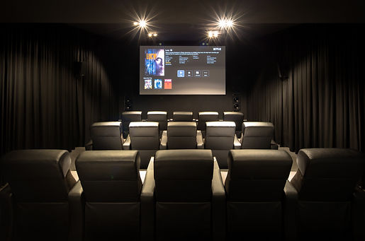 Home Theatre Installatio with seating and screen