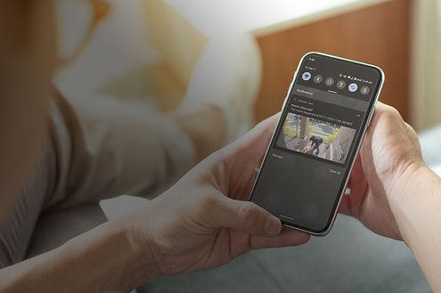 smartphone doorbell viewing.jpg