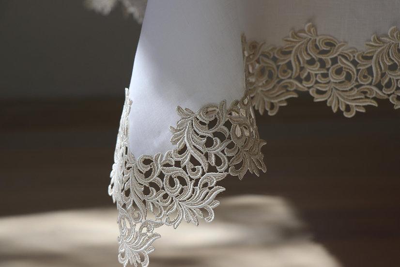 Gala Royal tablecloth