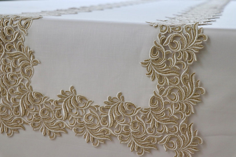 Gala Royal table runner
