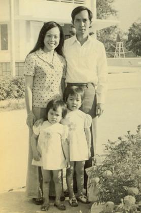 family 03 - soon before departing 1979.j