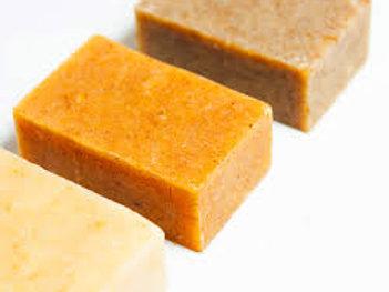 Shampoing solide adapté à vos besoins, chantilly de Karité, lotion anti-imperfec