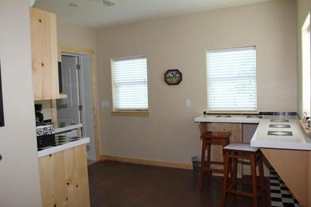 kitchen_8666.jpeg