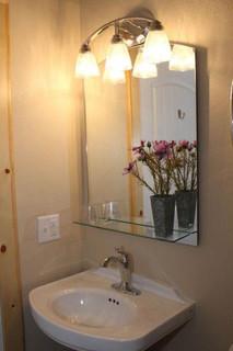bathrooms_8698.jpeg