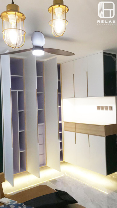 Hanging L cabinet