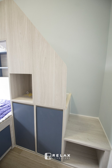 stair book shelf