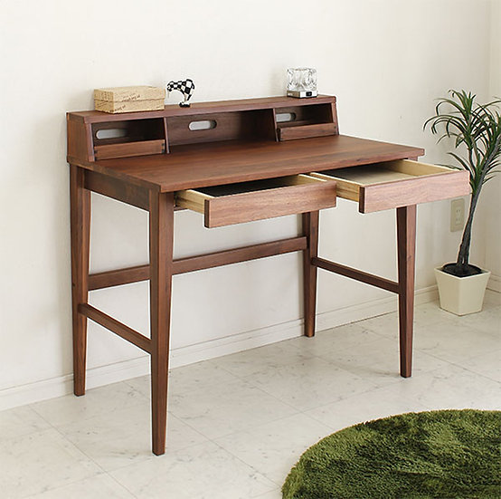 Woody Desk