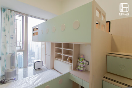 Windowsill bed