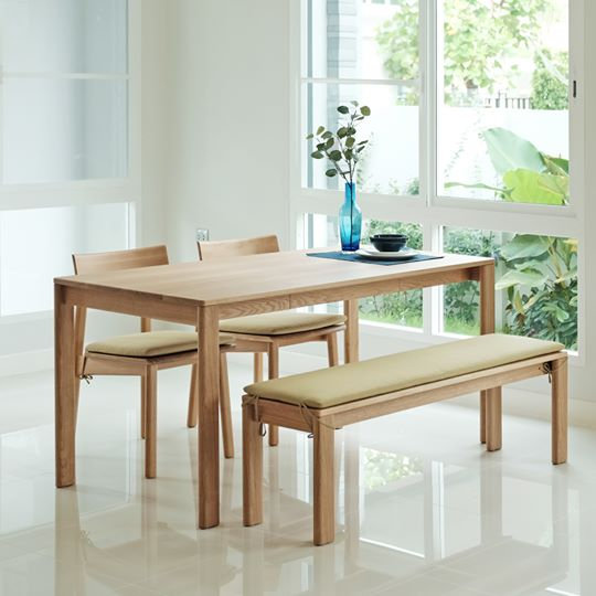Pluto Table
