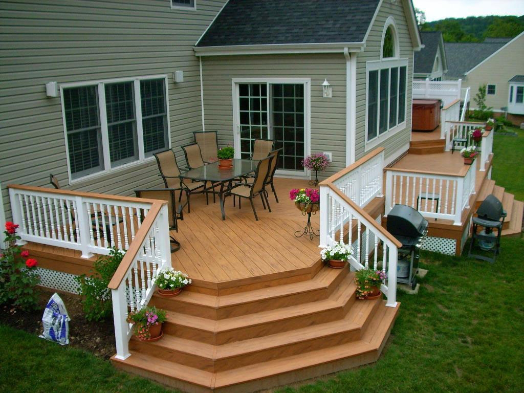 Deck with beautiful stairs