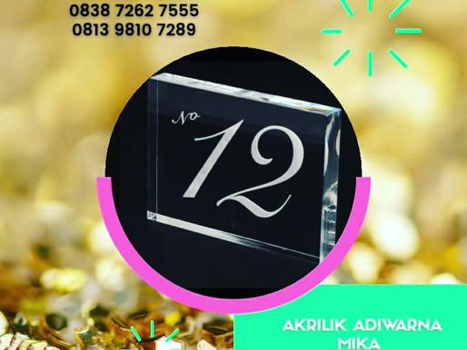 Acrylic Clear Adiwarna Mika 15 mm kombinasi gravir untuk nomor meja (table number) restoran