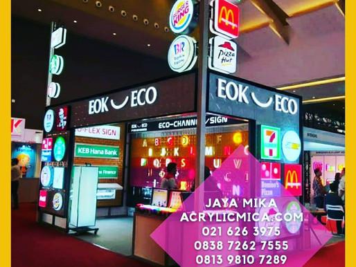 Akrilik Adiwarna Mika sangat baik digunakan untuk pembuatan neon box perusahaan di Indonesia