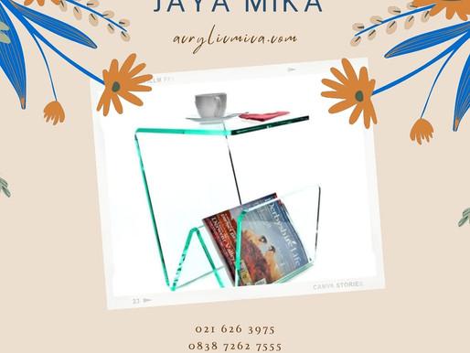 Contoh desain meja dari Akrilik Adiwarna Mika untuk tempat makanan minuman dan tempat majalah