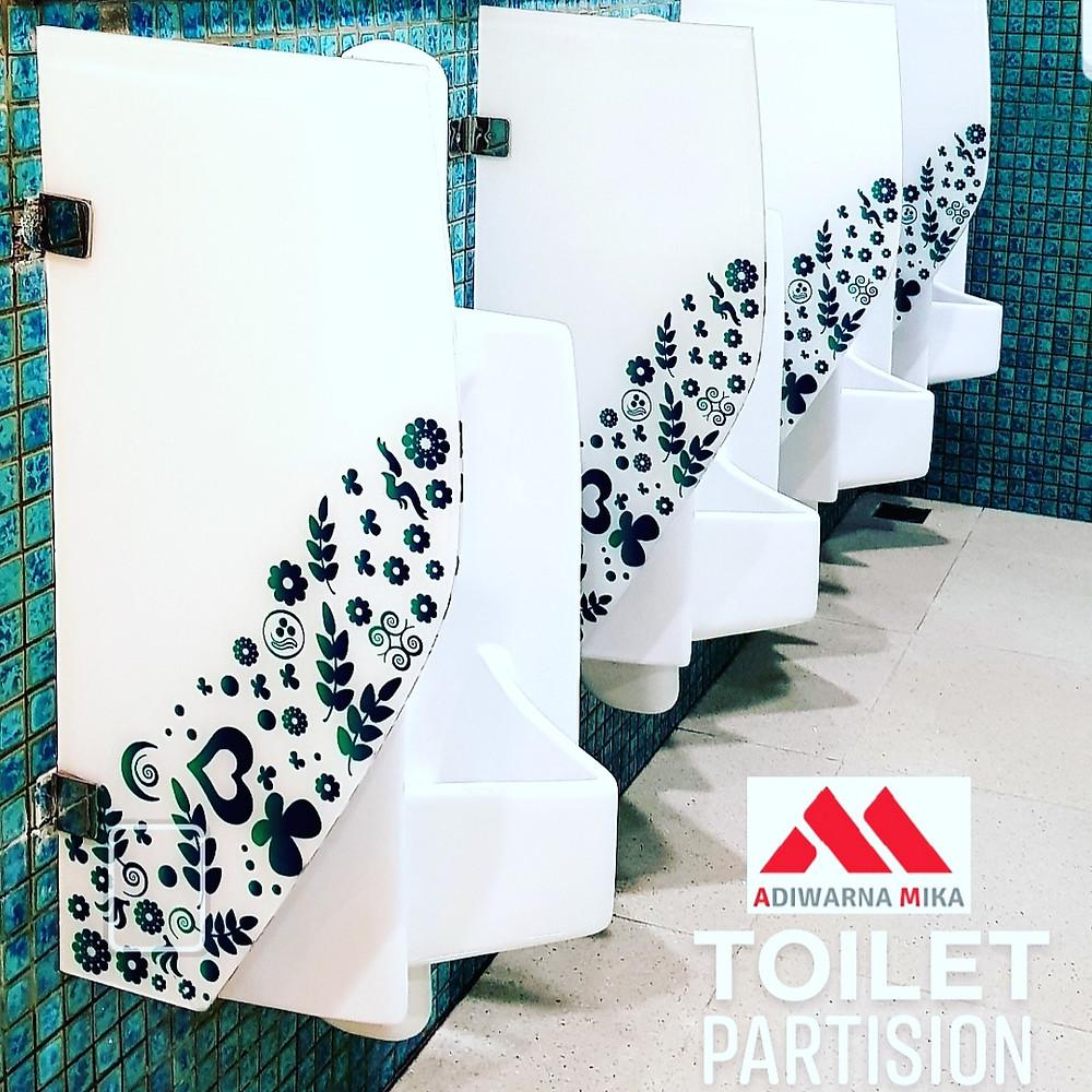 Partisi Toilet Dari Acrylic