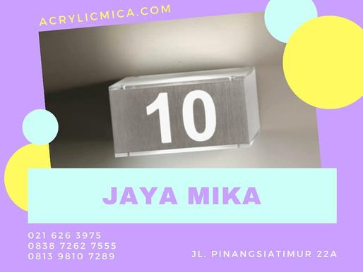 Akrilik Adiwarna Mika dikombinasikan dengan sticker untuk room number (nomor ruangan)