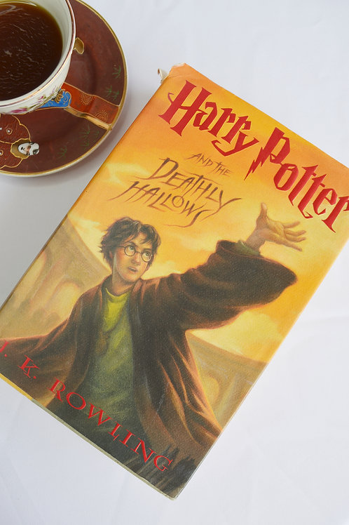 'Harry Potter and the Deathly Hallows' - JK Rowling