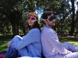 PJ Vivian e PJ Charles com mascara