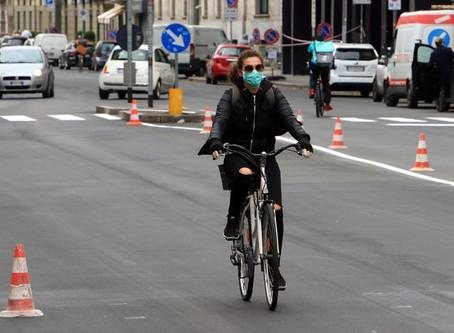 Recide tubo gas per rubare bicicletta, palazzina evacuata