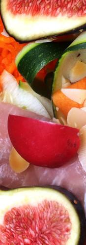 Salade figues et crudités