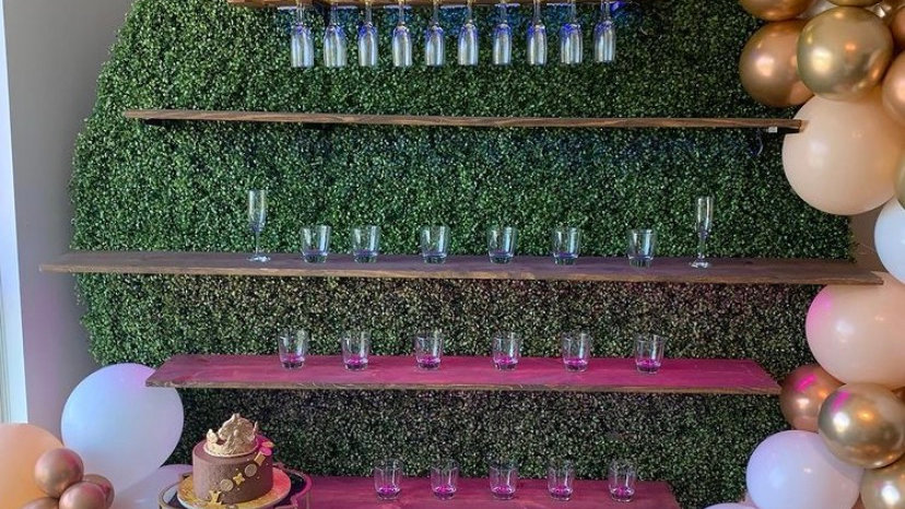 Round Cocktail Wall Rental