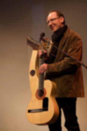 Sean Woolley harp guitar
