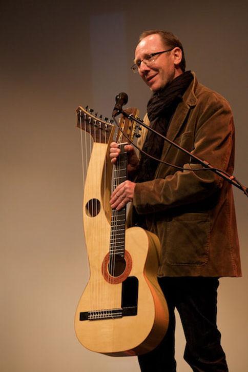 Sean Woolley harp guitar