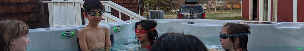 Spacious Hot Tub