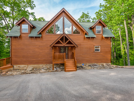 Last minute cancellation for Smoky Mountains Cabin!