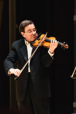 Gerardo Ribeiro, violinist