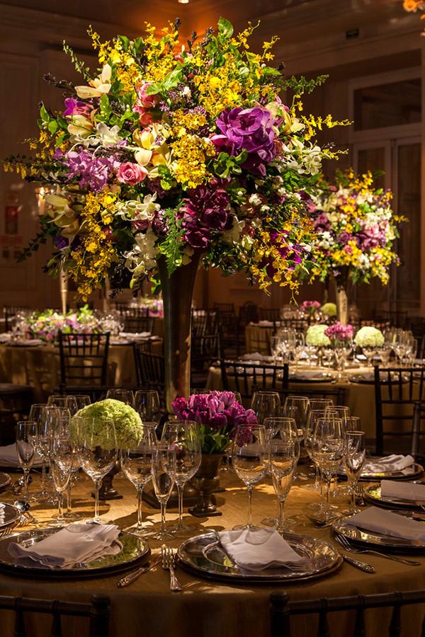 Decoração de Casamento Roxo, Pink e Amarelo   Leopolldo Itaim   Marcelo Bacchin   Weddingg Blog de Casamento   Noiva   Casamento