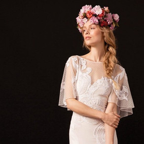 Hair flowers: origin, trends and tips on how to use