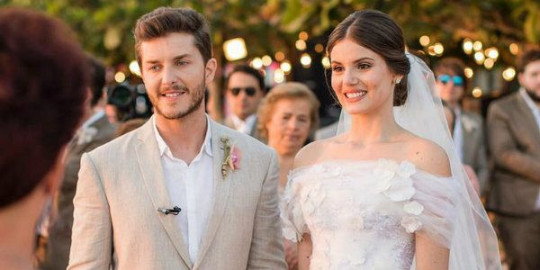 Casamento Camila Queiroz e Kleber Toledo na praia de Jericoacoara, no Ceará
