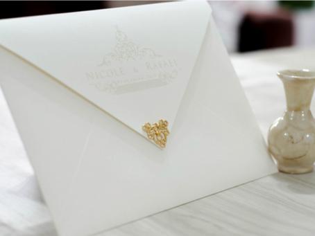 Comment calculer la quantité d'invitations, conseils par Andrea Nocera