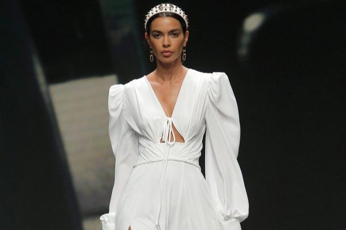 Coleção de Vestido de Noiva Yolan Cris 2021