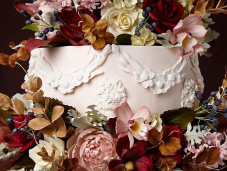 Tendências para os Bolos de Casamento, estilos florais de açúcar por The King Cake