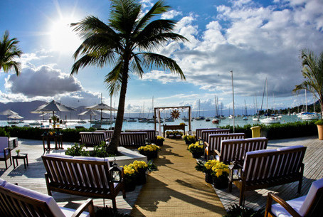 Casamento no Sea Club em Ilha Bela, em um Bate Papo com Mariana Caricati