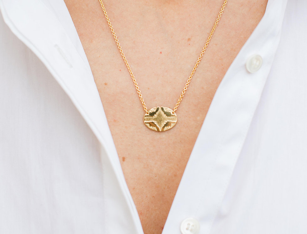 Smoking hot necklace (gold plated)