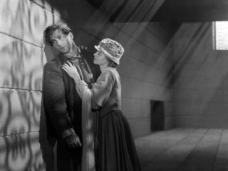 22. SUNRISE: A SONG OF TWO HUMANS, 1927