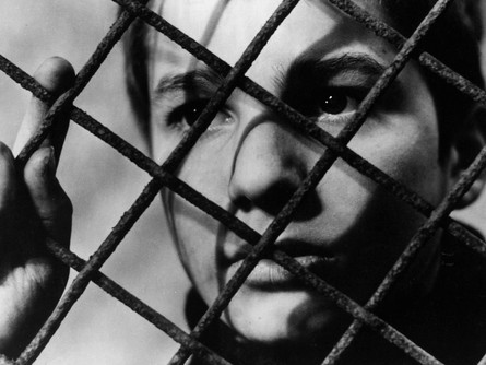 33. THE 400 BLOWS, 1959