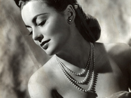 Classic Hollywood film legend Olivia De Havilland died today at 104