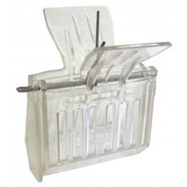 Queen Catcher Clip- Plastic