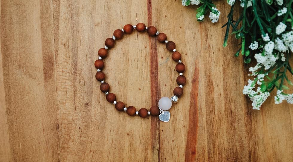 Round rose quartz bracelet