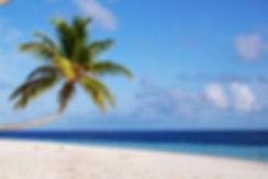 A_beach_in_Maldives.jpg
